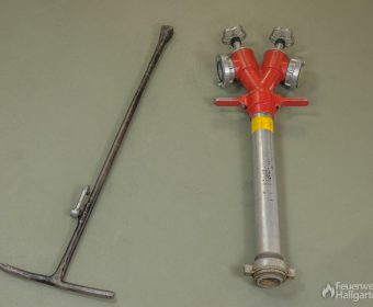 Standrohr und Hydrantenschlüssel