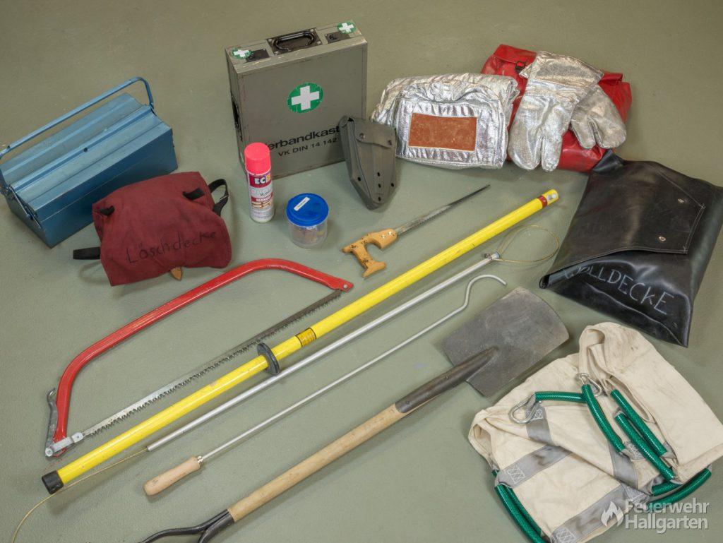 Auswahl Ausrüstung LF 8/6 (hinten)