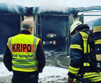 Die Kripo macht sich ein Bild von der Lage