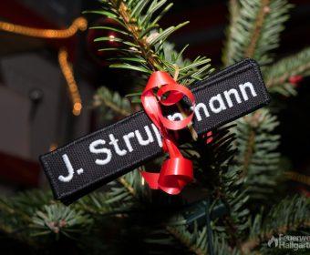 Geschenke am Baum