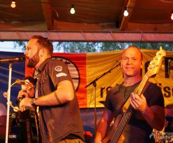 Lieblingsband - Bassist und Sänger