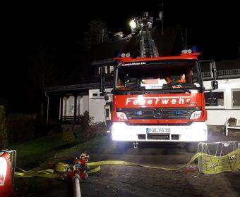 Kaminbrand Hallgarten Drehleitereinsatz