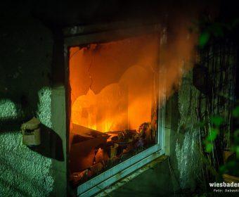 Feuerschein im inneren der Kornsmühle (Foto Wiesbaden 112)