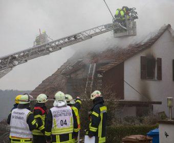 Ausgebranntes Wohngebäude in Hettenhain